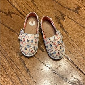 Toms little girls shoes size 10